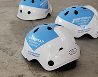 Bike helmet with proximity sensors