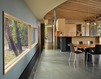 Suncrest by Heliotrope Architects