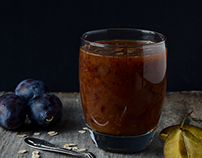 Food photography/Plum smoothie