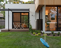 Ribbon House in Canberra by Rob Henry Architects