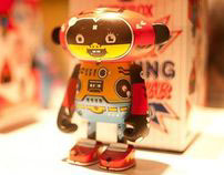 DUDEBOX vinyl toy