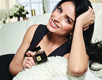 Aislinn Derbez presenta: Little Black Dress