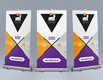 MediaFrame rollup banner stand