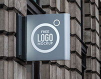 Free Outdoor Advertising Shop Sign Logo Mockup PSD