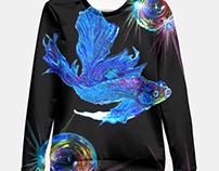 Betta Fish and shining bubbles , sweater