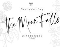 The Moon Falls Font