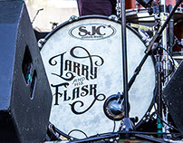 Larry and His Flask Live Photos