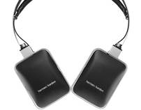harman / kardon headphones - listening in style