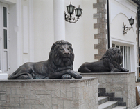 monumental sculptures of Lions,bronze statue