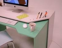 層になるデスク / Layer desk