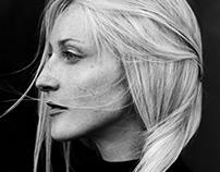 SIMPLICITY / MARIA ECKERT