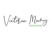 Victoria Muñoz. Diseño de logotipo