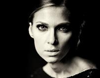 Portraits, Karolina