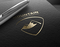 REAL ESTATE IDENTITY PROJECT / MOUNTAIN DELUXE
