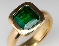 Gents 3.7 Ct Emerald on Antique 18K Tiffany & Co Band