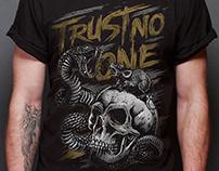Trust No One - Illustration design T-Shirt - USA