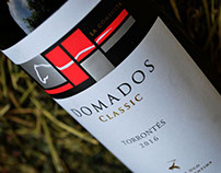 Domados Classic - Wine Packaging
