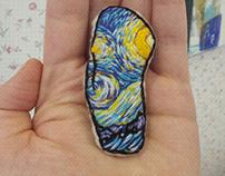 Mitten Van Gogh brooch