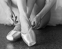 Long legs of ballerina in toeshoe