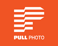 Pull Photo Logo Design