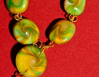 Green and metallic gold beads necklace