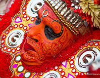 The God's descent on earth (Thirra/Theyyam)