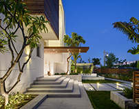 Hacienda White Villa