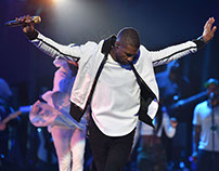 USHER 2014 VMA Performance