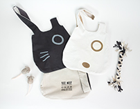 100% Woof: Reversible shoulder bags