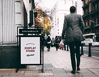 Free Outdoor Roadside Display Stand Mockup PSD