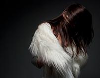 sesja foto z futrem, modelka: Aleksanda Ukleja