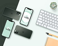 Free PSD iPhone 11 Pro & Apple Keyboard flatlay mockup
