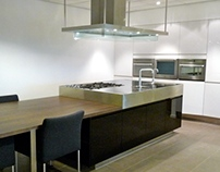 Arclinea Convivium kitchen Solid ray black and white
