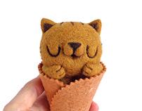 Scoopsie Salted Caramel, ice cream Art Toy