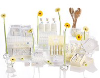 - Cloud Flower Packaging Design