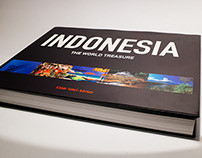 INDONESIA: The World Of Treasure, Coffee Table Book.