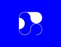 La Perla Typeface