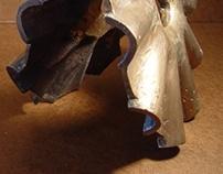 Bronze Clamshell