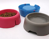 Eezee Pet Feeder