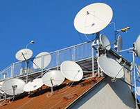 PROS AND CONS OF SATELLITE TELEVISION