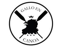 Gallo en Canoa
