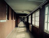Forbidden places - School - Pau