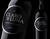 Claro de Luna - wine label design