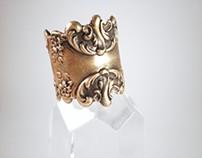 Mystic Rose Scroll Ring