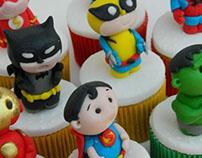 super heroes cupcakes