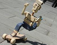 Wooden skater