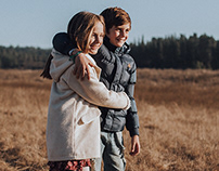 Winter Hugs Editorial - Colloky