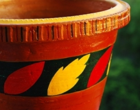 Painting on earthen pots