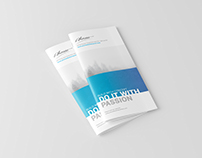DL Magazine / Brochure Mockup