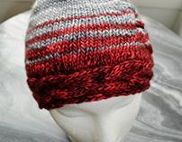 Red cable brim hat, 100% merino, unisex.